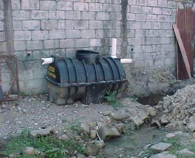 plastikowy zbiornik szczelny